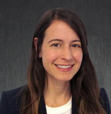 Jennifer Kulp-Makarov博士